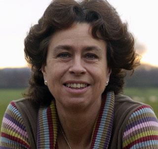 Barbara Machin headshot