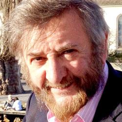 Tom Kinninmont headshot