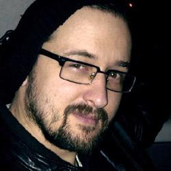 Mark Davis headshot