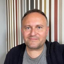 Paul Gilbert headshot