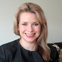 Rebecca Long headshot