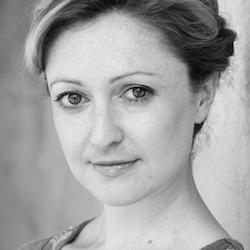 Sarah Williams headshot