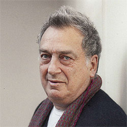 Stephen Frears headshot