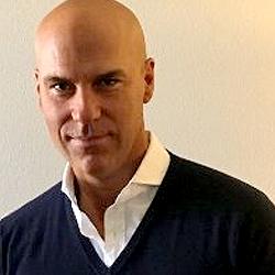 Daniel Herther headshot