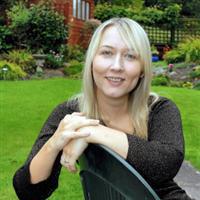 Deborah Haywood headshot