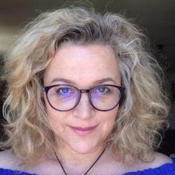 Fiona Hunnisett headshot
