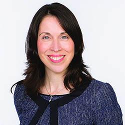 Louisa Caine headshot
