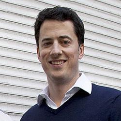 Rory Aitken headshot