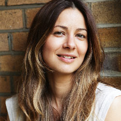 Tess Morris headshot