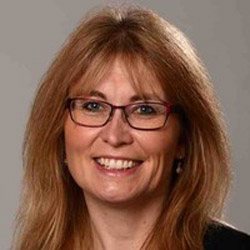 Alison Clapham headshot