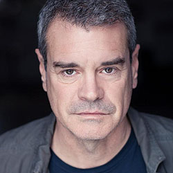 Mark Arnold headshot